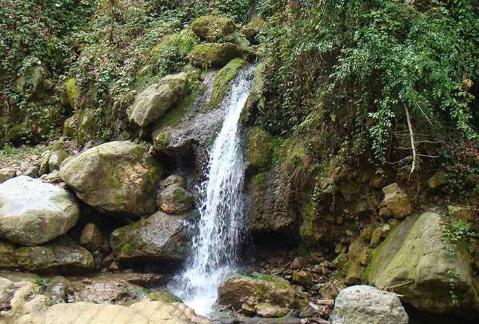 1 آبشار شفیع آباد (اوشرشره)