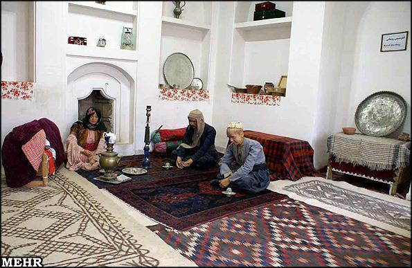 موزه مردم شناسی ( کاخ ابیض گلستان )