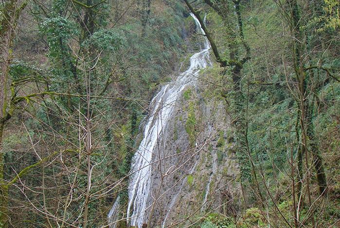 5 آبشار شفیع آباد (اوشرشره)