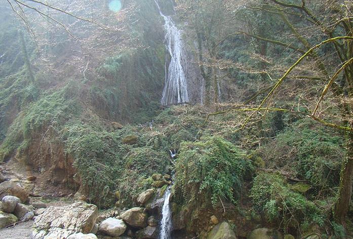 6 آبشار شفیع آباد (اوشرشره)