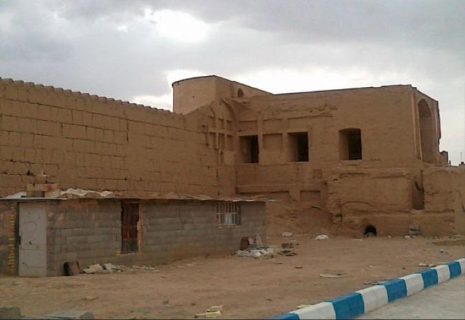 قلعه رحمت آباد یزد
