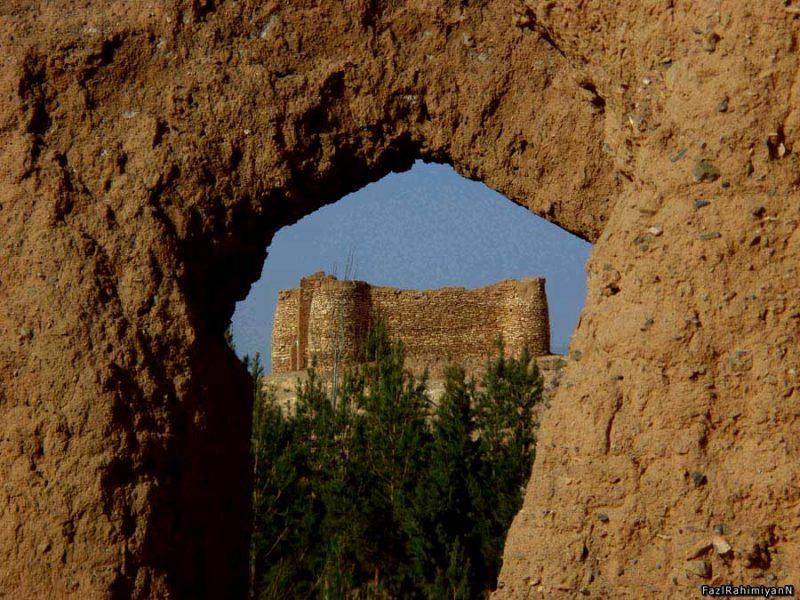 2004 قلعه سپیده