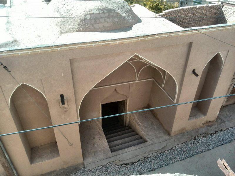 2085 خانه و دربند دکتر محمد حسین قوه ندوشن