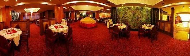 88 رستوران گل سرخ یزد