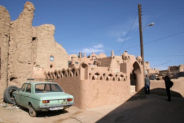 روستای گرمه خور و بیابانک