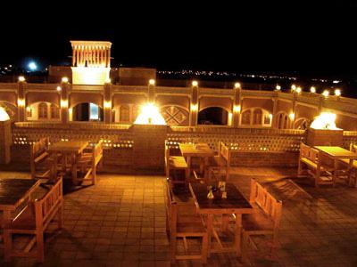رستوران سنتی هتل داد یزد