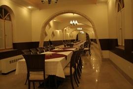 رستوران نیلوفر هتل داد یزد