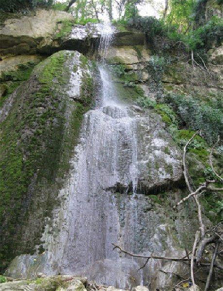 2557 آبشار چلم زرین گل
