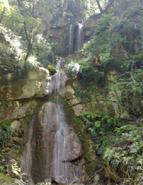 2558 آبشار چلم زرین گل