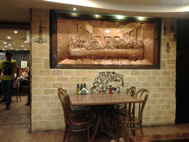 رستوران ایتالیایی نیوشا اصفهان