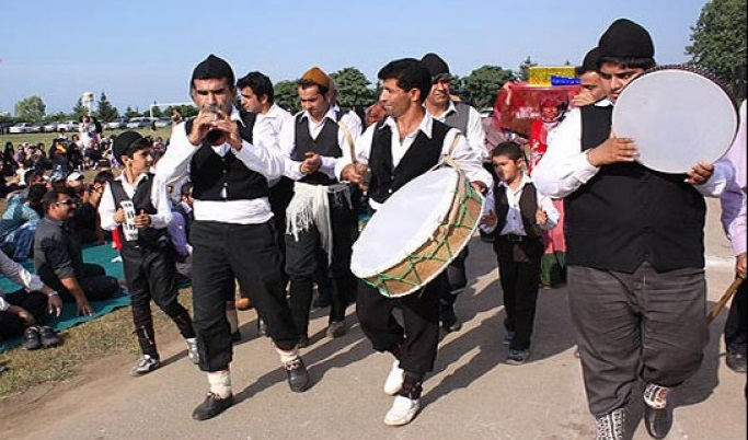 712 جشن نشا در نوشهر