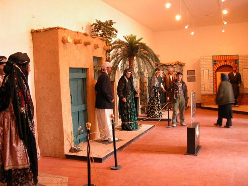 1117 موزه دست یار الملك