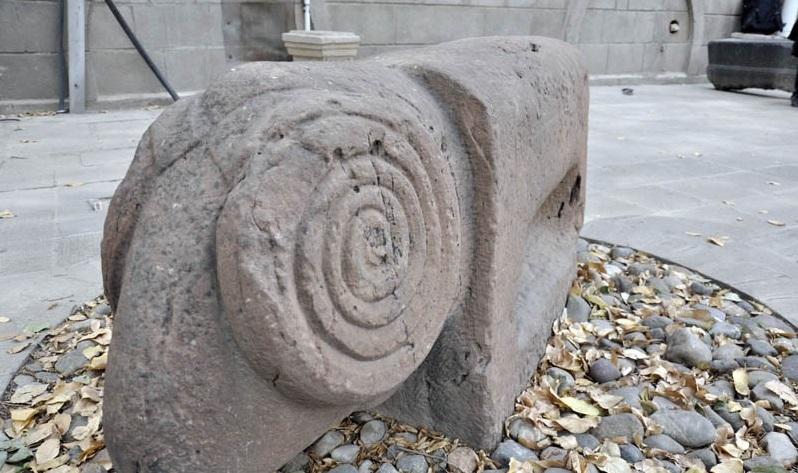 1220 موزه سنگی تبریز