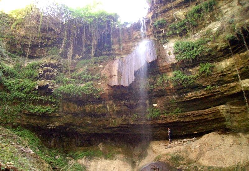 2267 آبشار سه کیله