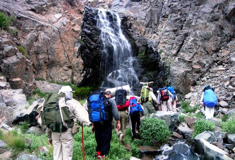 2703 آبشار عشق آباد