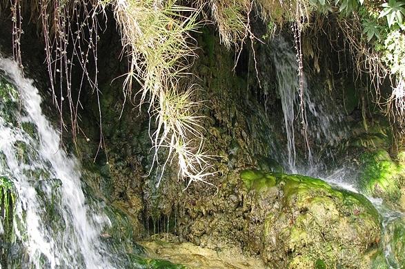 204 آبشار مروارید خفر