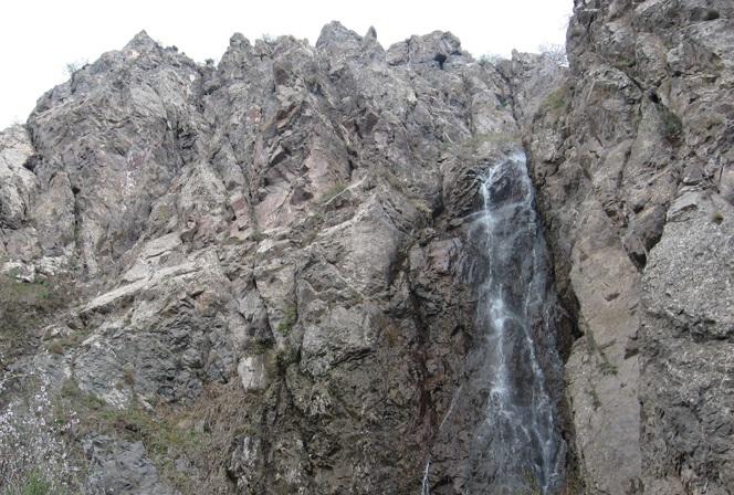 233 آبشار مزرعه