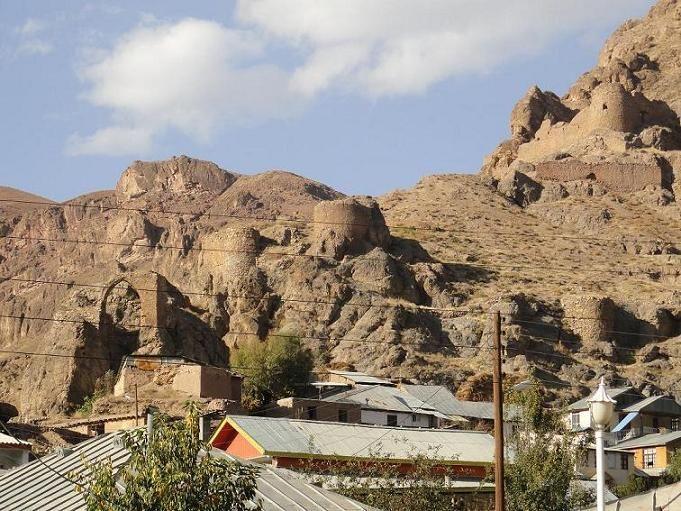 2935 روستای یوش