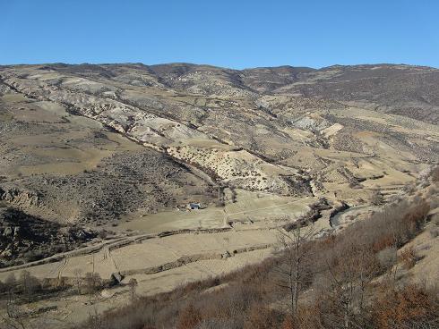 3049 روستای آغوز دره