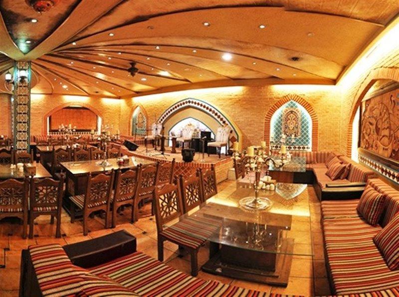 رستوران و سفره خانه سنتی باران