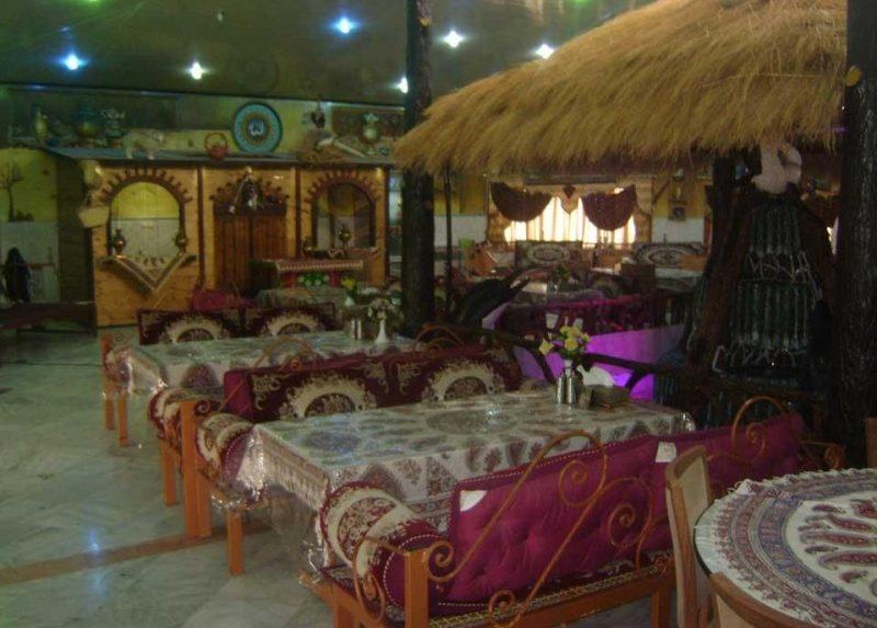 ارم 3 رستوران سنتی باغ ارم کرج