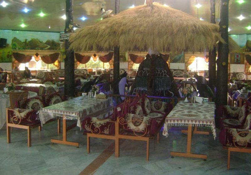 ارم5 رستوران سنتی باغ ارم کرج