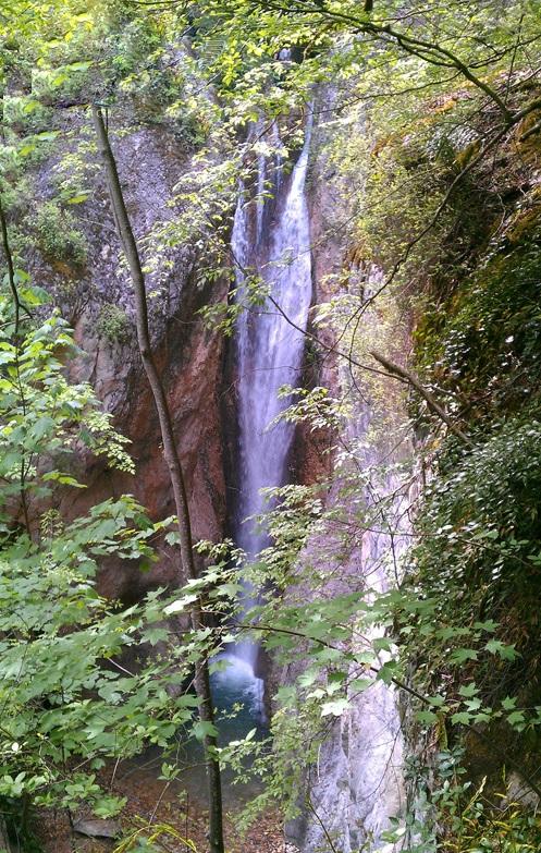 401 آبشار ونوش