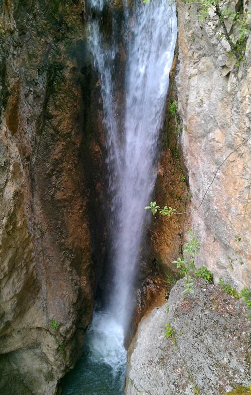 402 آبشار ونوش