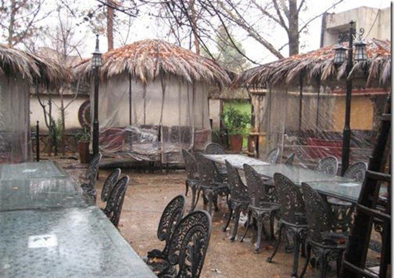 رستوران سنتی نخلستان