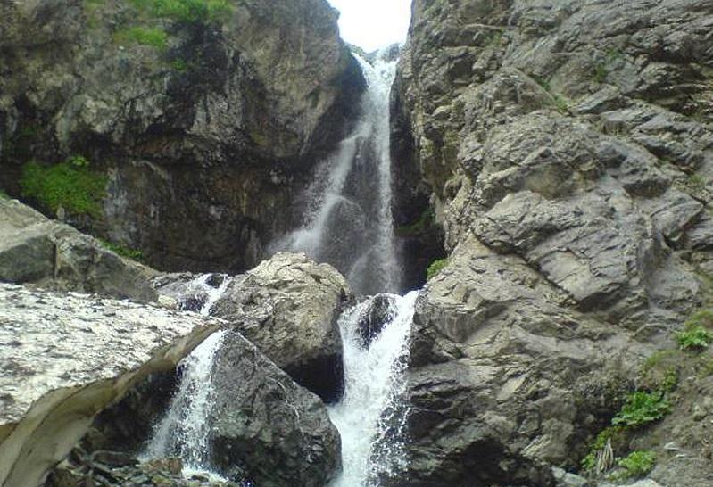 748 آبشار دربندسر