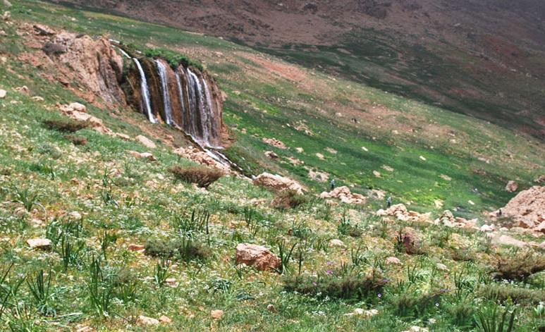 226 آبشار توف سورنگان