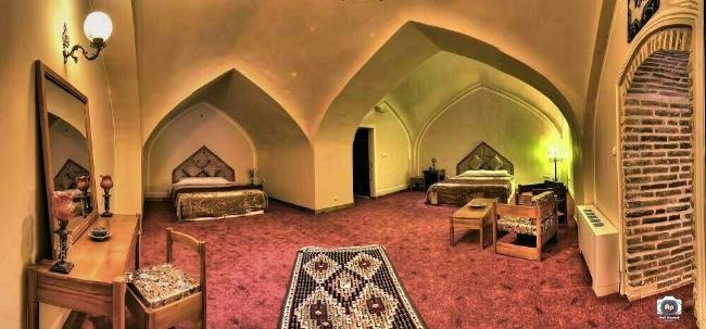 2443 هتل کاروانسرای بین المللی لاله بیستون