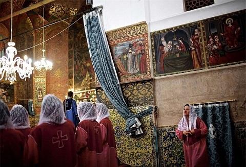 download (15) تصاویر یک روزنامه انگلیسی از جاذبههای گردشگری ایران