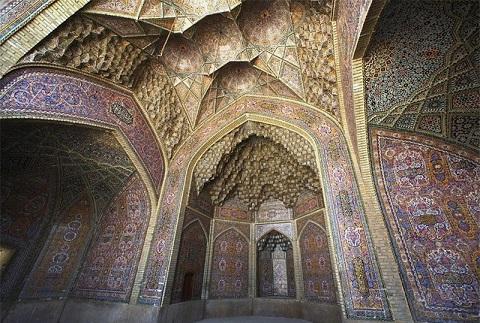 download (2) تصاویر یک روزنامه انگلیسی از جاذبههای گردشگری ایران