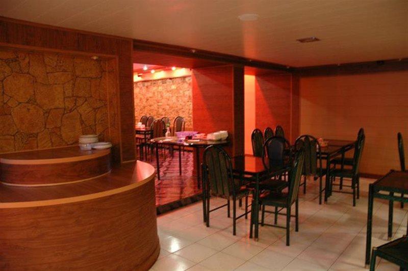 ونوس 1 رستوران ونوس یاسوج