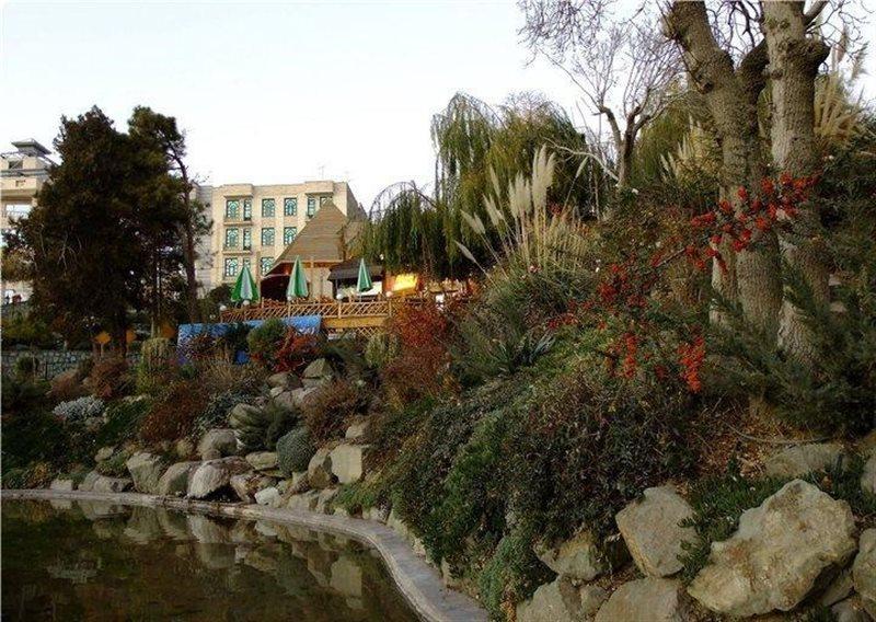 1171 پارک ایران زمین کرج