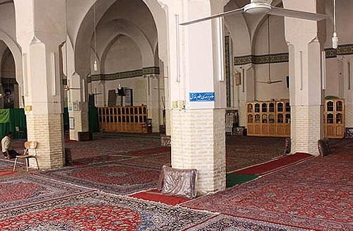 225 مسجد بیاق خان
