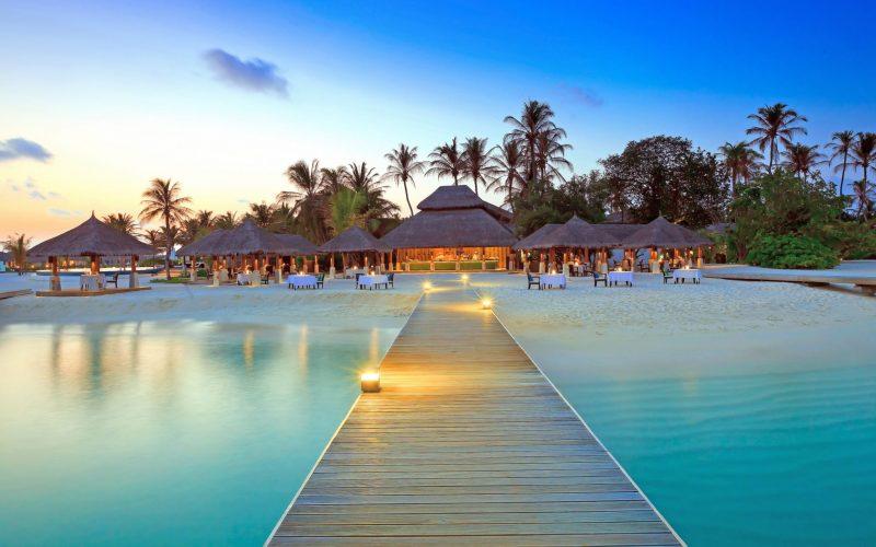 maldive-islands-hitouring بانک آژانس های مسافرتی و هواپیمایی