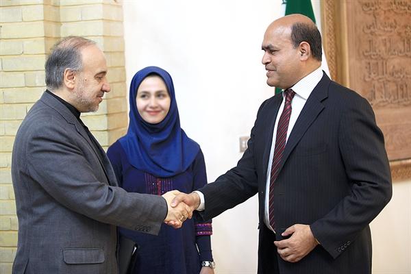 2_lotfollahi (13) توسعه همکاریهای ایران و بنگلادش در زمینه گردشگری مذهبی و زیارتی