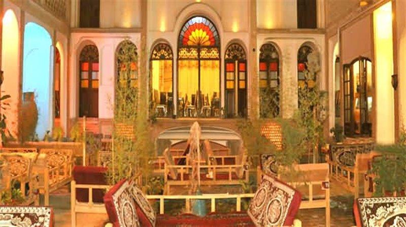 233-1 رستوران عباسی کاشان
