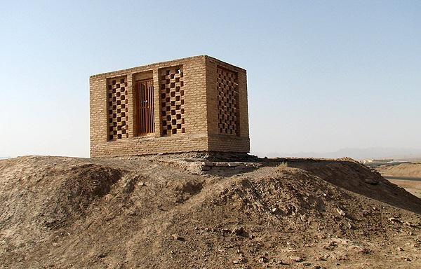 1184 مقبره امیر اویس