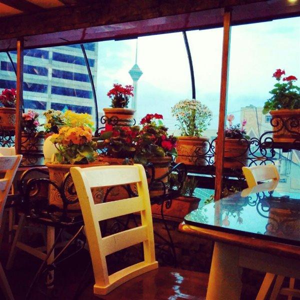 12-1 رستوران ایتالیایی میلاد تهران
