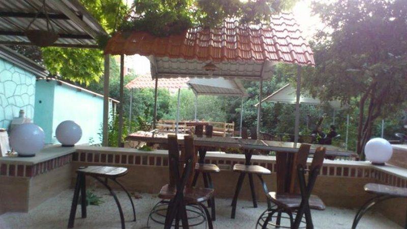 12-3 کافه رستوران دیپلمات تهران