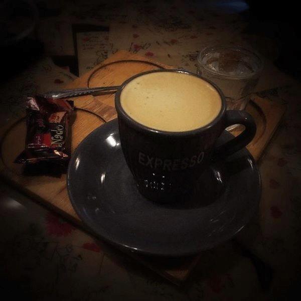 14-3 کافه کاکائو بیرجند