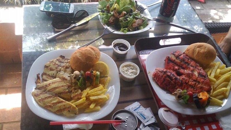 17-3 رستوران های راه چوبی تهران