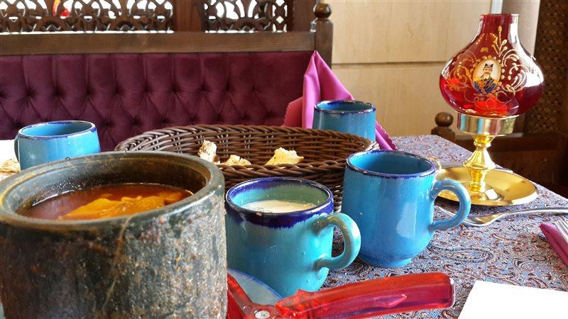 8-1 رستوران سنتی سی نور مشهد