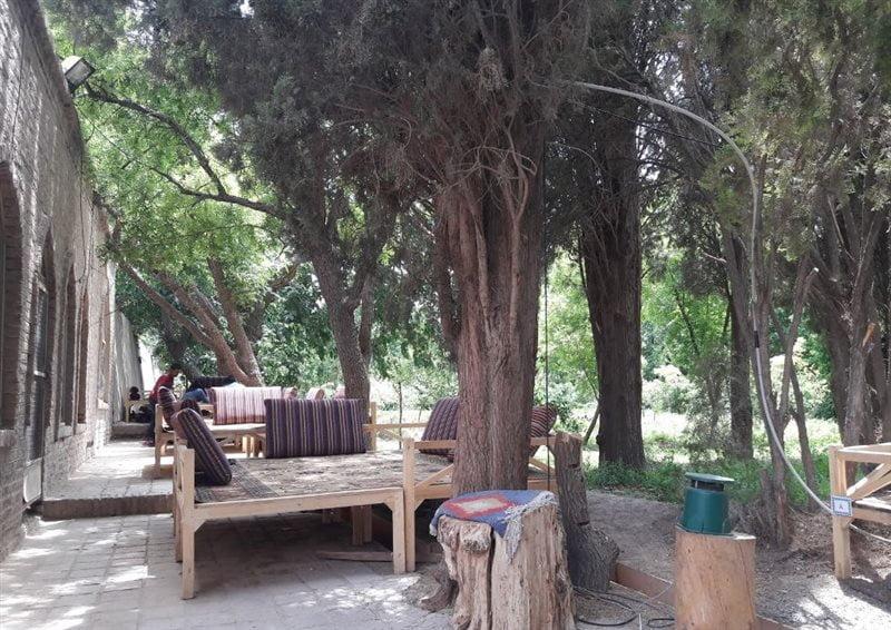 8-2-16 باغ رستوران سنتی طوبی بیرجند