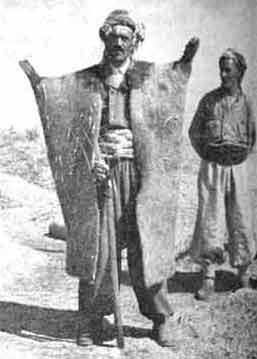 کپنک؛ محافظ چوپانان در سرما و گرما