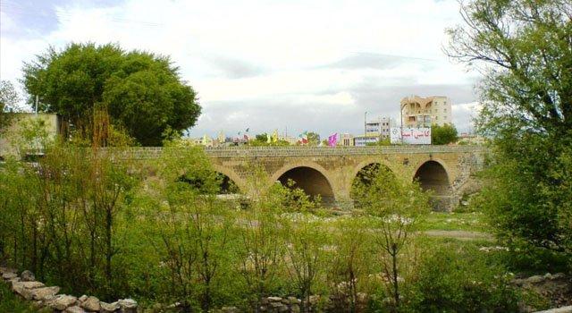پل نادری اردبیل