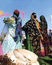 جشن حکومت زن؛ آیین دیرین در افوس